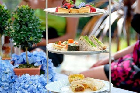 4-gangen seizoens high teavoor 2, 4 of 8 personen bij Restaurant Savarin