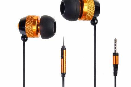 In-ear metalen oordopjes Geluidsisolerende in-ear ontwerp. De oordoppen isoleren het geluid dat van buiten wordt gecreëerd. Inclusief microfoon in de volumeregelaar. Verkrijgbaar in 4 verschillende kleuren.
