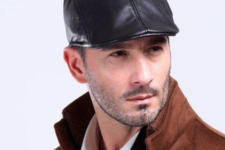 Jamont & Co leather look flatcap Gemaakt van imitatie leer. Is verkrijgbaar in 5 verschillende kleuren. Onze size fits most. Zowel voor mannen als vrouwen.