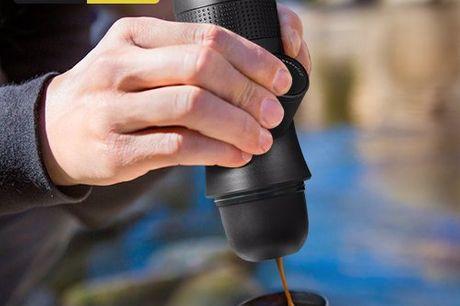 TAC Combat wild coffee maker Geniet keer op keer van perfecte koffie waar en wanneer je wilt. Ideale reisgenoot voor de koffieliefhebber. Werkt zonder stroom. Kan gebruikt worden met los gemalen koffie of espresso