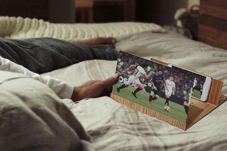 Smartphone Schermvergroter Makkelijk te installeren. Heeft een groot 12 inch scherm dat perfect is om HD films op te kijken. Draagbaar en perfect om in bed, aan je bureau, of zelfs in de badkamer series te kijken. Het product is gemaakt van acryl en hout,