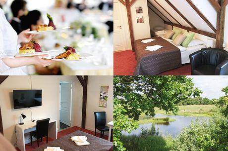 Hotel Frøslev Kro byder velkommen til et skønt ophold for 2 med overnatning, 3-retters menu, vin og morgenbuffet m.m.