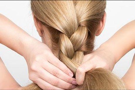 Genopbygger og reparerer håret indefra! - Olaplexbehandling med vask og føn hos Julia Frisør, værdi kr. 500,-