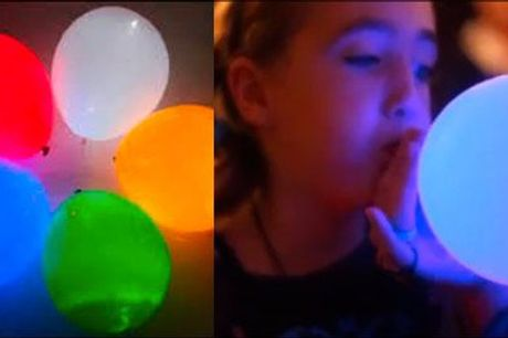 Skal der være fest? - 20 balloner m/lys fra Altigaver.dk, normalværdi kr. 235,-