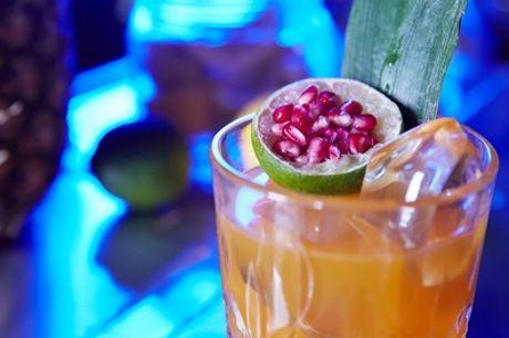 3-Gänge-Liquid-Menü oder 3 Cocktails für 1 oder 2 Pers. im Knutschfleck Bar und Variete Berlin (42% sparen*)