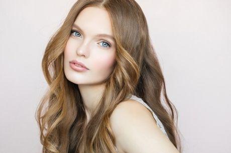 Gesichtsbehandlung mit Ultraschall oder Diamant-Mikrodermabrasion bei Kosmedio (bis zu 57% sparen*)