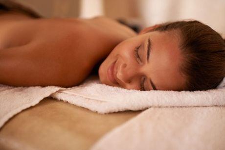 Pacchetto benessere con bagno turco, massaggio al corpo e trattamento al viso al Centro estetico Malò