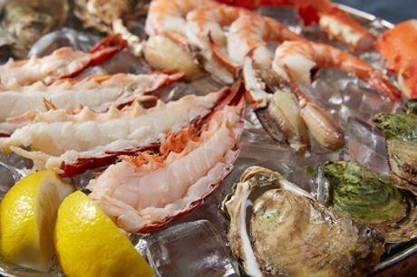 Thuisbezorgd: plateaux fruits de mer of hoofdgerecht naar keuze voor 2 pers. door Le Pêcheur