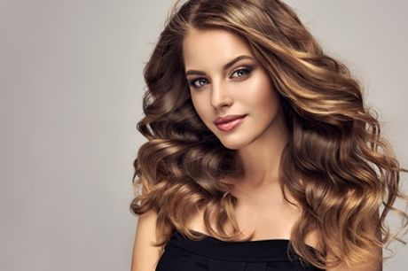 Wash, Cut and Blow-Dry with Optional Half- or Full-Head Highlights, or Ombré Hair at Es Paradis