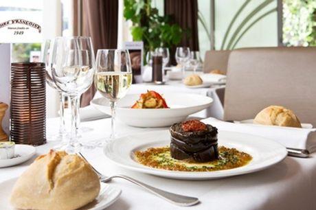 Gastronomie aux Invalides avec entrée, plat et dessert pour 2 ou 4 personnes au restaurant Chez Françoise