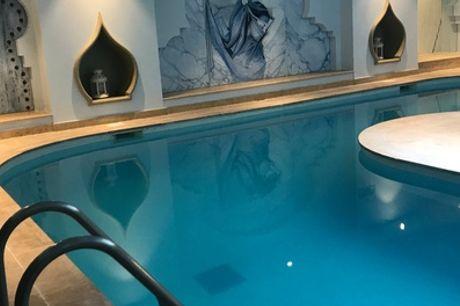 Hammam, sauna, piscine et modelage, option gommage au Hammam Spa Les Bains Du Temple