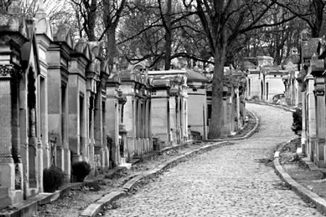 Visite du cimetière du Père Lachaise de 3h pour 2 ou 4 personnes avec les Amis et Passionnés du Père Lachaise