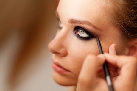 1h de cours d'auto-maquillage pour 1 personne ou 1h30 pour 2 personnes à l'institut La Loge Maquillage