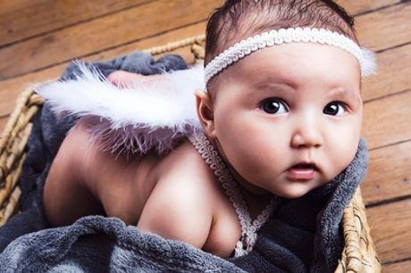 Séance shooting photo pour bébé de 3 à 8 mois, maman et bébé ou parents et bébé chez ON AIR