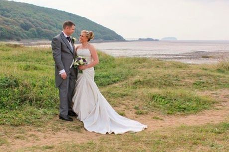 Wedding Photography Coverage With Digital Images, Prints and Photobook with Ian Pavey Photography
