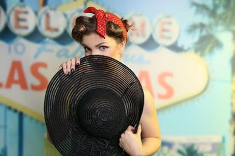 50's Pin-Up Makeover Photoshoot With Print with Hammonds Photography Studio