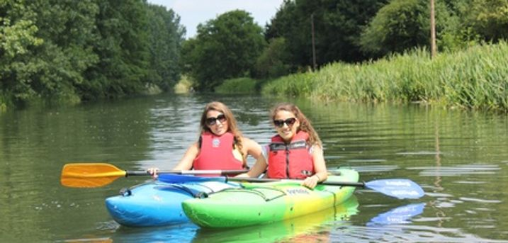Three-HourCanoeing on the River Stort with Whoosh Explore Canoe Club