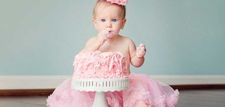 Baby or Pet Cake Smash Photoshoot at Flirt Studios