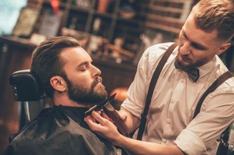 Barber-Paket inkl. Haarschnitt, Bartrasur, Augenbrauen zupfen und Heißwachs bei SaidCut (34% sparen*)