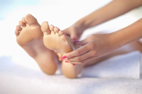 Laser Fungal Nail Treatment for One Foot or Hand or Two Feet or Hands at Cosmetology Clinic