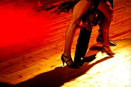 Four or Eight 90-Minute Beginners Salsa Classes with City Salsa