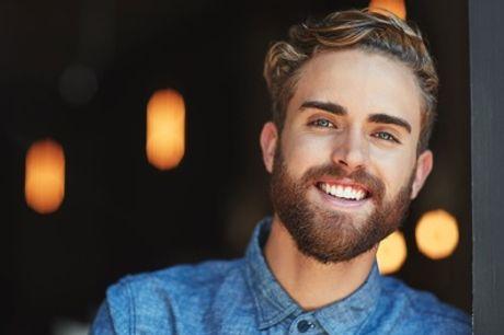 Taglio moda uomo, rasatura barba e trattamento viso al salone Evoluzione (sconto fino a 67%)