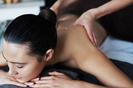 45-Minute Full-Body Swedish or Aromatherapy Massage at PureSun
