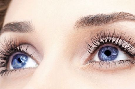 Full Set of Silk Eyelash Extensions with Optional Eyebrow Wax and Tint at Gunns and Rollers Unisex Salon
