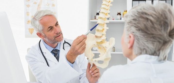 Chiropractic Consultation with One or Two Treatments at Health HQ