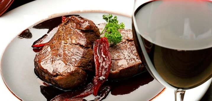 Steak Meal with Glass of Wine for Two or Four at Cubanos