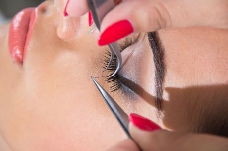 Semi-Permanent Eyelash Extension Course for One or Two at Flourish School Of Beauty Therapy