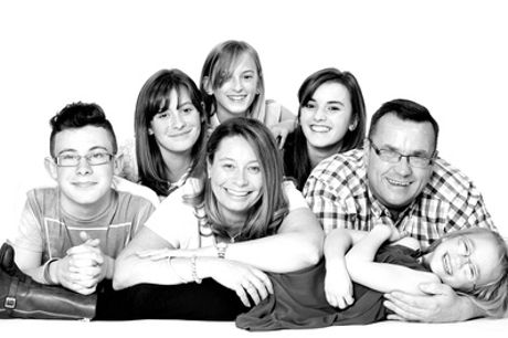 Family Photoshoot with 10 Prints at Chiswell Studios