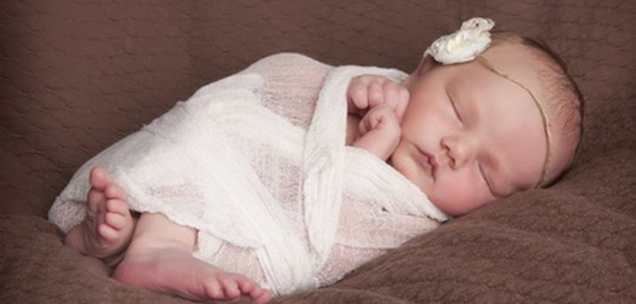 Maternity, Newborn or First Birthday Photoshoot, or All Three with Prints from Delamotte Studio