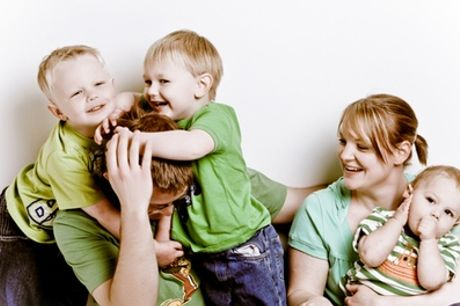 Family Photoshoot with Four Prints and Digital Image at Delamotte Studio