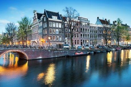 Nabij Amsterdam: Cosy tweepersoonskamer naar keuze met ontbijt voor twee bij Het Hart van Weesp