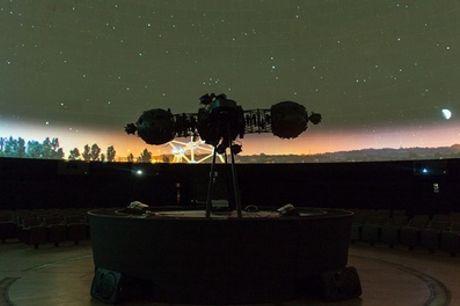 Heizel Brussel: een unieke filmbeleving bij het Planetarium van de Koninklijke Sterrenwacht van België