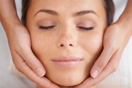 Pacchetti con trattamento viso, ceretta, scrub o massaggio californiano al centro Hermosa (sconto fino a 75%)