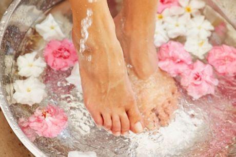Spa-Maniküreund/oder Spa-Pediküre inkl. Shellac und MassagebeiBeauty & Hairless (bis zu 45% sparen*)