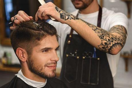 Herrenhaarschnitt opt. mit Gesichtsmaske + Waxing o. Barber-Paket bei Linden Barber Hamburg (bis zu 58% sparen*)