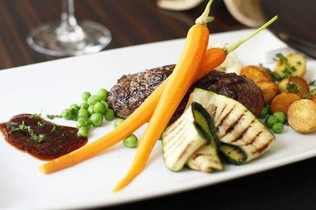 Spar 20% i aften: Chez Bruno beskriver dem selv som et lille hyggeligt brasserie, hvor der er mulighed for at få retter fra det franske køkken.  Book hér og få rabat på hele regningen i dag!