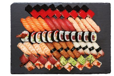 Spar 15% i aften: SUSU Sushi på Nørrebro har et speciale inden for det japanske/californiske sushi/varm-køkken, hvor de også henter inspiration fra det europæiske cuisine. Book hér og få rabat på hele regningen i aften!
