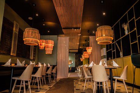 Spar 20% i aften: Oplev autentisk indisk mad i moderne og stilfulde rammer centralt i København. Mint by India Royale er et oplagt valg til en hyggelig aften. Reserver her og få rabat på både mad og drikke.