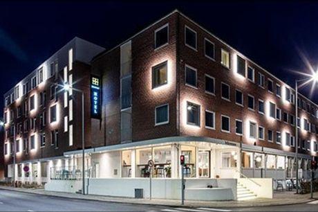 Få et ophold for 2 i Aalborg til lav pris - Tag på et dejligt ophold på Kompas Hotel Aalborg med 1 overnatning i Superior-værelse, cava på værelset samt lækker morgenbuffet. Værdi kr. 1495,-
