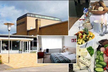 Naturskønne omgivelser og dejlig mad på populære Nørherredhus Hotel på Als! - 1 overnatning for 2 personer med morgenbuffet, velkomstkaffe og kage samt 3 retters menu eller buffet, værdi kr. 1435,-