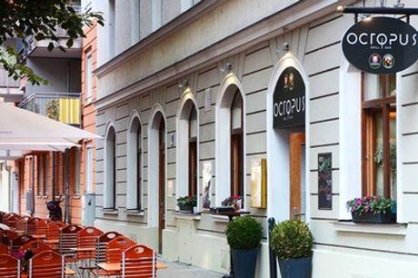 Griechisches 3-Gänge-Menü mit Grillteller für 2 oder 4 Personen im Restaurant Octopus (bis zu 54% sparen*)