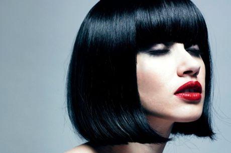 Nabij Charleroi: knippen, brushen, drogen en verzorging, naar keuze incl. kleuren en/of highlights bij Hair Pur