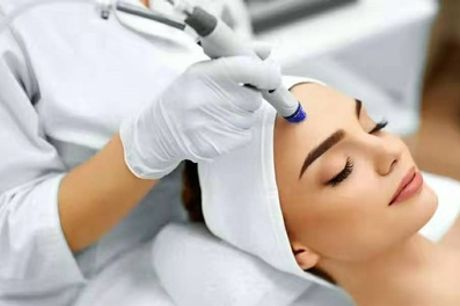 HydraFacial with Mask and Massage at Oxbeauty