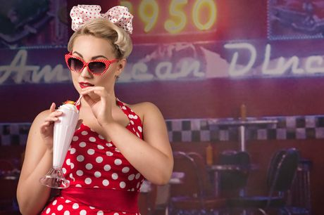 £9 instead of £100 for a 1950s-style 'Peggy Sue' pin up photoshoot for one including an A5 image, digital download and £100 of vouchers at Peggy Sue Pin Ups - save 91%