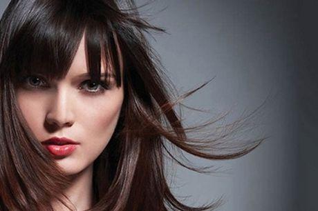 Sesión de peluquería a elegir en Concédete un Deseo (hasta 84% de descuento)