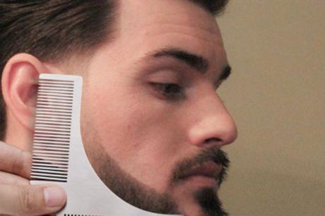 Peigne-Rasoir à barbe de style barbe en acier inoxydable. Avec ses deux côtés de tailles différentes, le rasage à la longueur souhaitée s'effectue désormais sans effort. Fabriqué en acier inoxydable, ce peigne à barbe durera jusqu'à la chute de vos derni